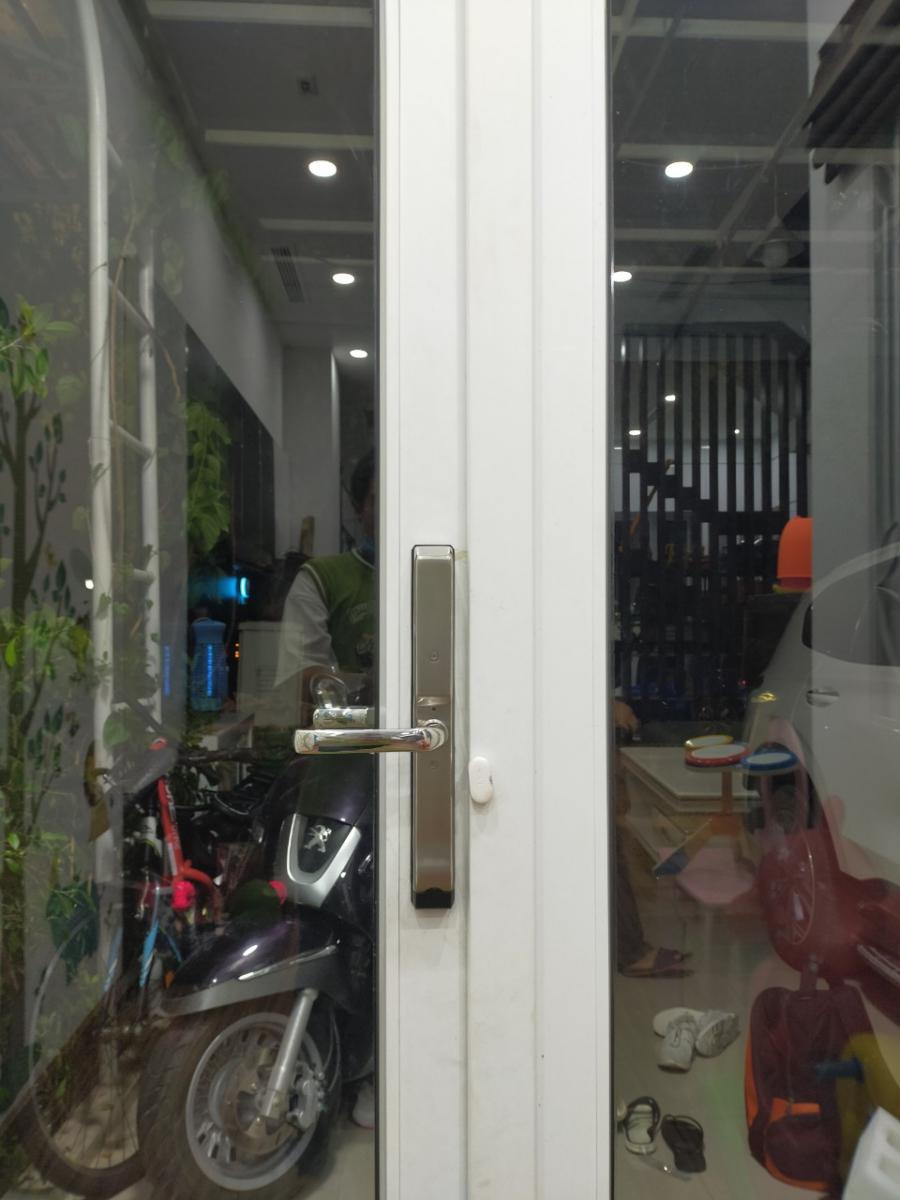 Xuất xứ các loại khóa vân tay cửa nhôm Xingfa