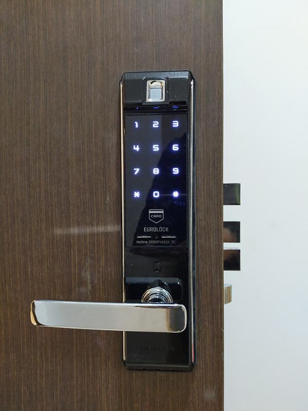 Lý do nên lắp đặt khóa cửa điện tử